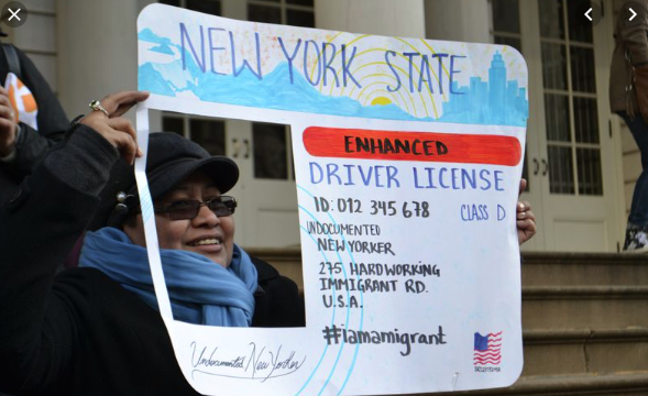New York aprueba licencias de conducir para indocumentados